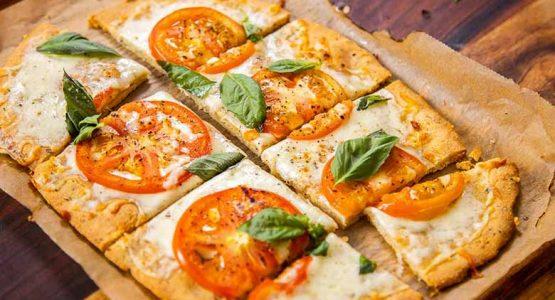 دستور تهیه پیتزا بدون گلوتن با خمیر بادام