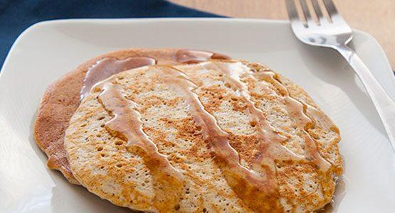 protein-cinnamon-pancakes